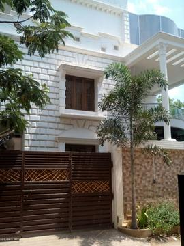 Houses with power backup ramapuram individual independent for Individual house models in chennai